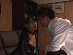 Hottie Hana Haruna with big tits in bondage action
