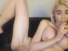 Blonde Babe with Nice Tits Masturbate Hard