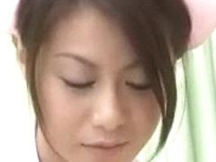 Kinky Japanese babe gets a dirty sex massage