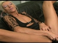 Granny Claudia screwed by a sex toy and a BBC