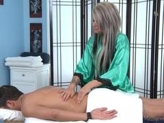 Massage-Parlor: I'm A Regular