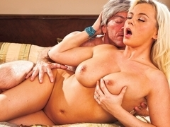 Bree Olson & Randy Spears in A Plan Comes Together Video