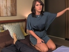 Kinky brunette who likes fat cocks does a nice handjob