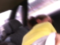 Slender hooker Mia gets nailed in car