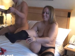 Mature lesbian voyeur girls fingering and pussy pleasuring on spycam with milf bbw and blonde girl.