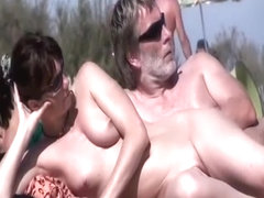 Sex all over the crowded beach
