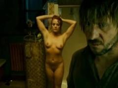 Julie LeBreton,Marie-Josee Godin in Cadavres (2009)