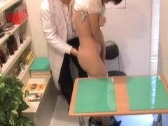 Doctor fucks his pretty patient on a hidden camera