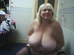 big boobed webcam 1