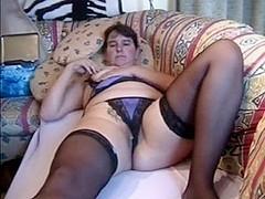 Chubby MILF masturbates to orgasm