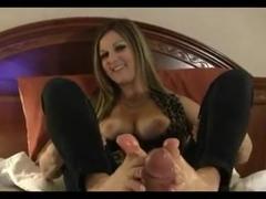footjob  sexi milf