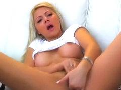 Cutie HeavenlyAnna gently caresses and fucks vagina