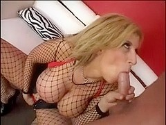 Busty bimbo gets licked and facialized