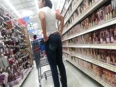 Candid Latina in Tight Leans