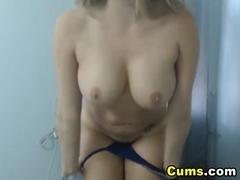 Huge Natural Tits Babe Masturbates