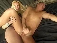 Blonde fuck guy shemale