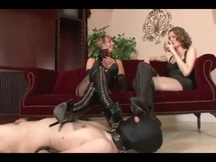 boot cleaner for the mistresses