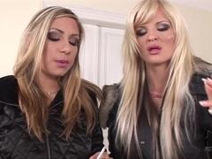 DdfNetwork Video: Hotties On The Stroll