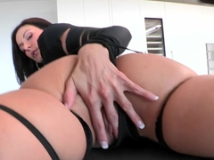 Lust At First Sight With Kendra