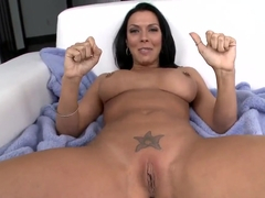 Busty horny milf Rachel Starr sucks yound stud