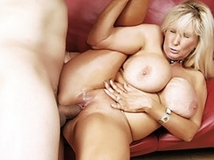 Tia Gunn in Mature Hardcore Video
