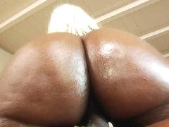 Cum loving babe gets pussy sprayed with hot cum