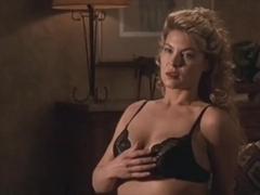 Deborah Kara Unger,Annabella Sciorra in Whispers In The Dark (1992)