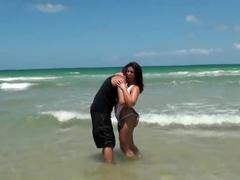 Bella Reese showing off her ass to Juan Largo