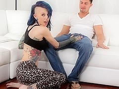 Seth Gamble & Romance in Yoga Sexercise Scene