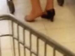 Shopping in one shoe