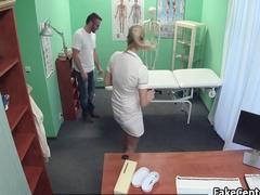 Nurse fucks craftsman in hospital