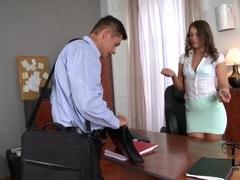 HandsOnHardcore Video: Job Seeker's Distraction