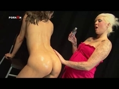 Oiled Wet Crack and Lesbo Fisting with Mandy Cinn