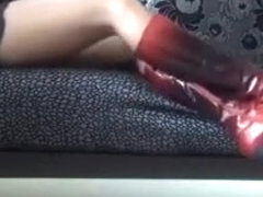 squeaking_sexy_boots