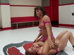 Bella Rossi Takes on Ariel X for exhibition match up