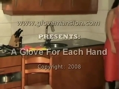 Rubber apron and rubber household gloves stroke