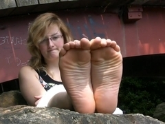 Embarassed French barefeet girl