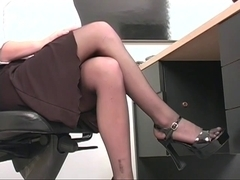 Professional juvenile golden-haired widens her pink snatch at desk
