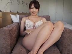Член в пизде японки Yui Kyouno крупным планом