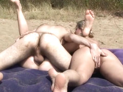 Beach Voyeur Video part 15