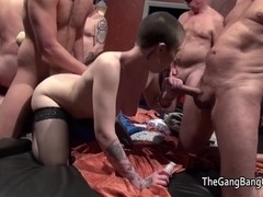 Mature golden-haired and skinhead brunette hair group sex