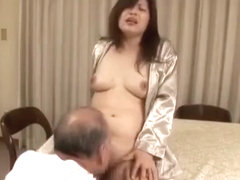 The familys men are crazy about a sexy mom