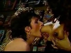 Sex piano Classic tranny