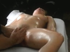 wet crack massage