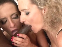 Hot milf dp and cumshot