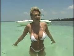 Руский секс на яхтах самолетах полнометражные