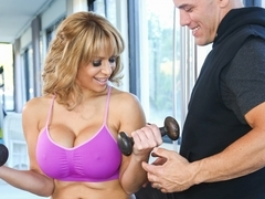 Alyssa Lynn & Derrick Pierce in Mom's Personal Trainer Video