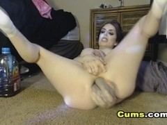 Hot babe hard fisting a mature cunt