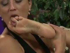 Поклонение русским женским ногам порно видео — photo 13