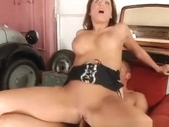 Horny housewife seduces a hung mechanic and has him fucking her holes